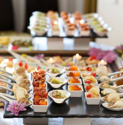 Des buffets froids et apéritifs dinatoires composés sur mesure